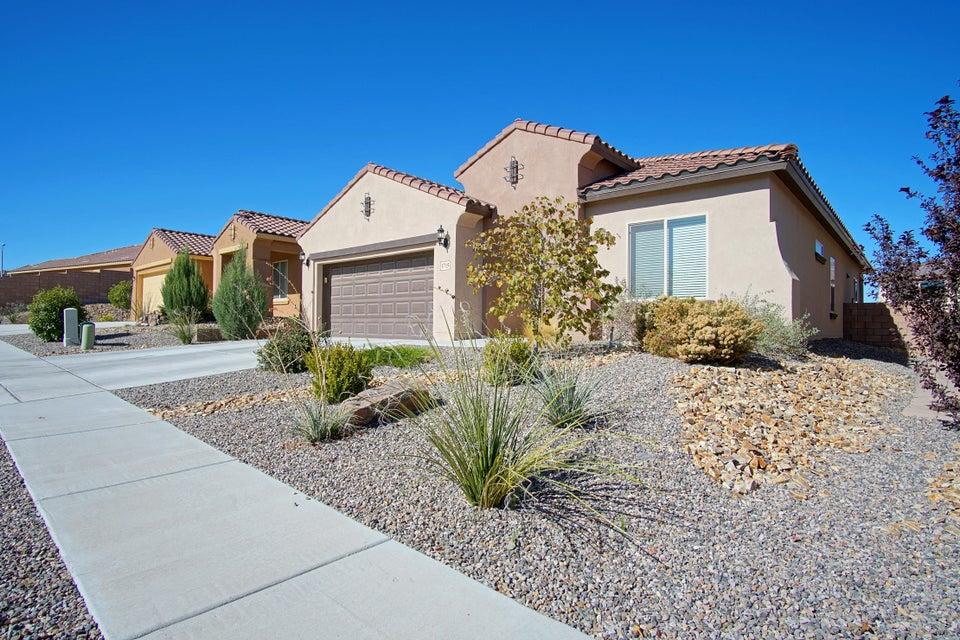 1715 Summer Breeze Drive NW, Albuquerque, NM 87120