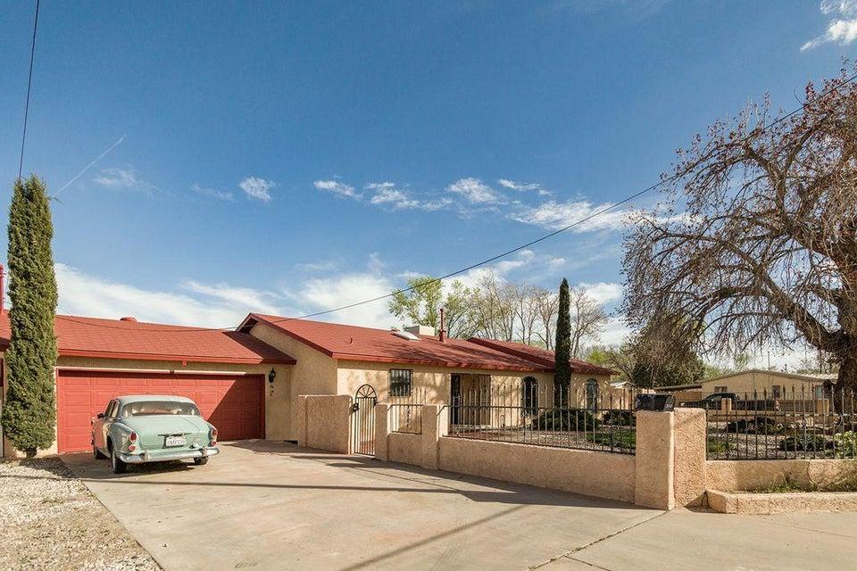310 Atrisco Drive SW, Albuquerque, NM 87105