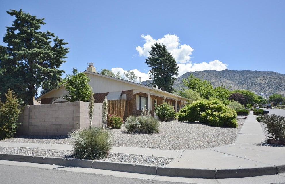 12201 Claremont Avenue NE, Albuquerque, NM 87112