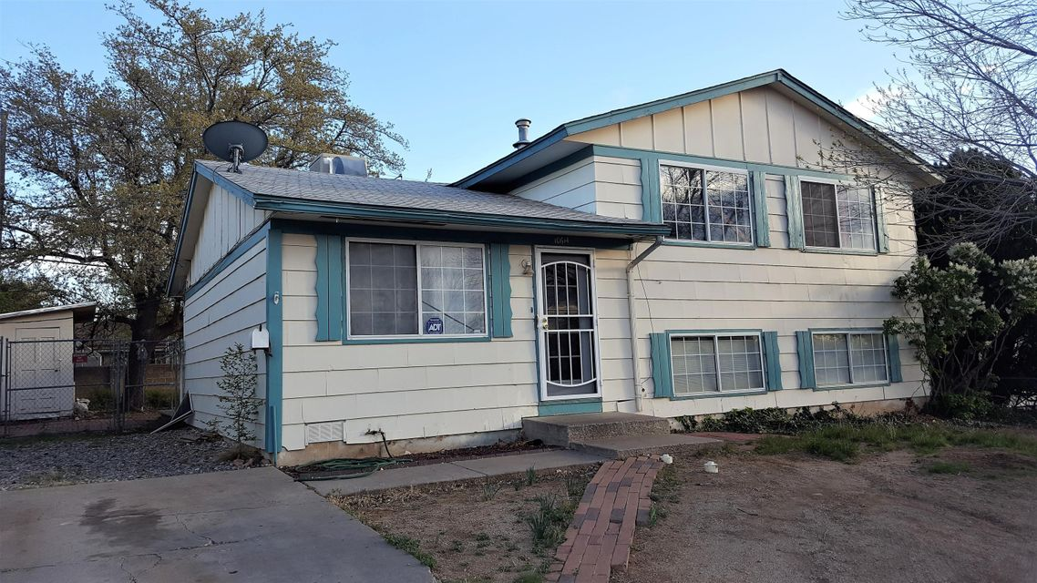 10614 Lexington Avenue NE, Albuquerque, NM 87112