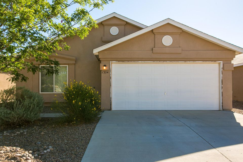 1324 VALLEY VIEW Drive SW, Albuquerque, NM 87121