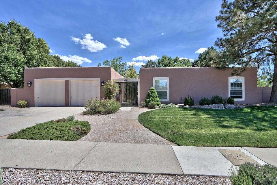9100 Avenida De La Luna NE, Albuquerque, NM 87111