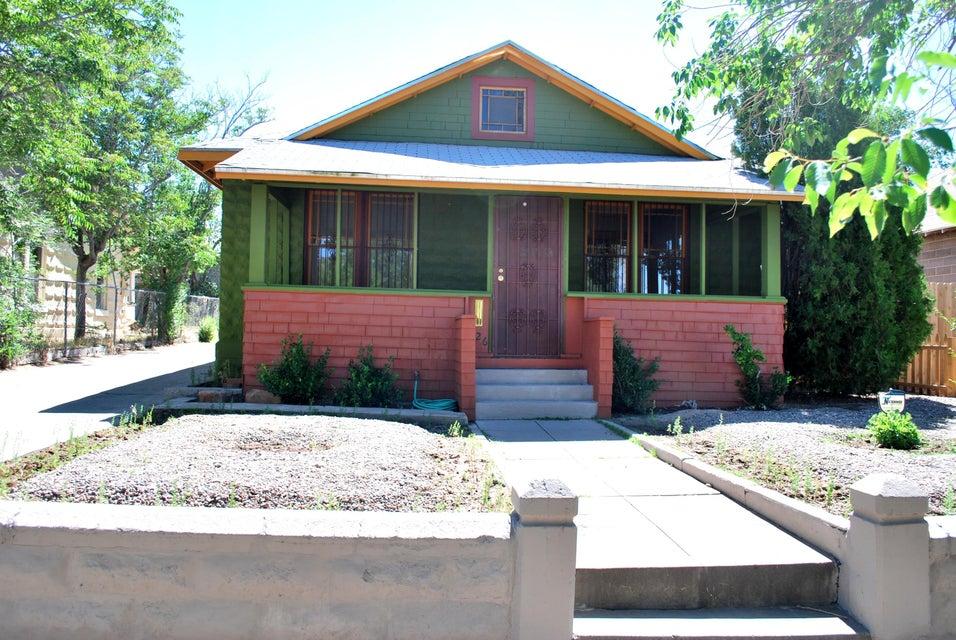 626 Walter Street SE, Albuquerque, NM 87102