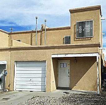 628 Bataan Drive SW, Albuquerque, NM 87121