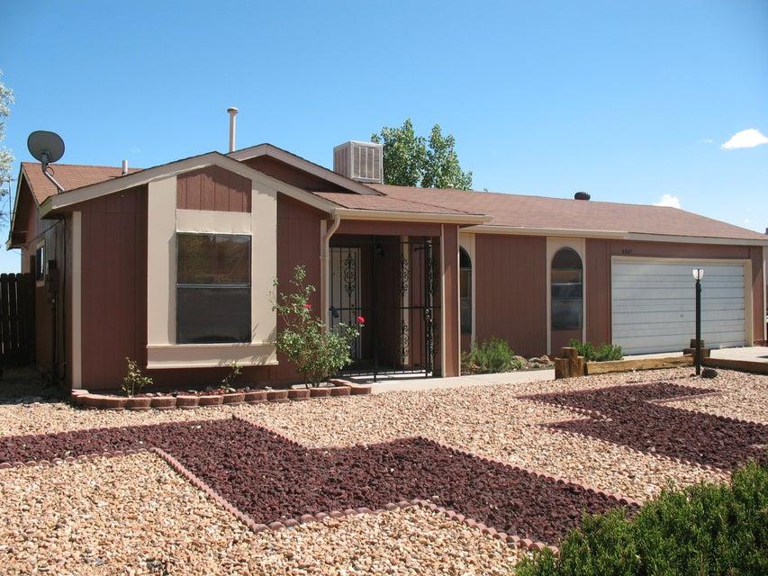 4587 Platinum Drive NE, Rio Rancho, NM 87124