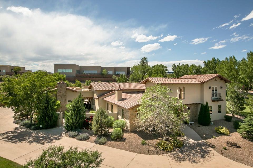 9405 Black Farm Lane NW, Albuquerque, NM 87114