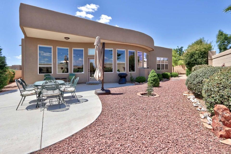 2505 Vista Manzano Loop NE, Rio Rancho, NM 87144