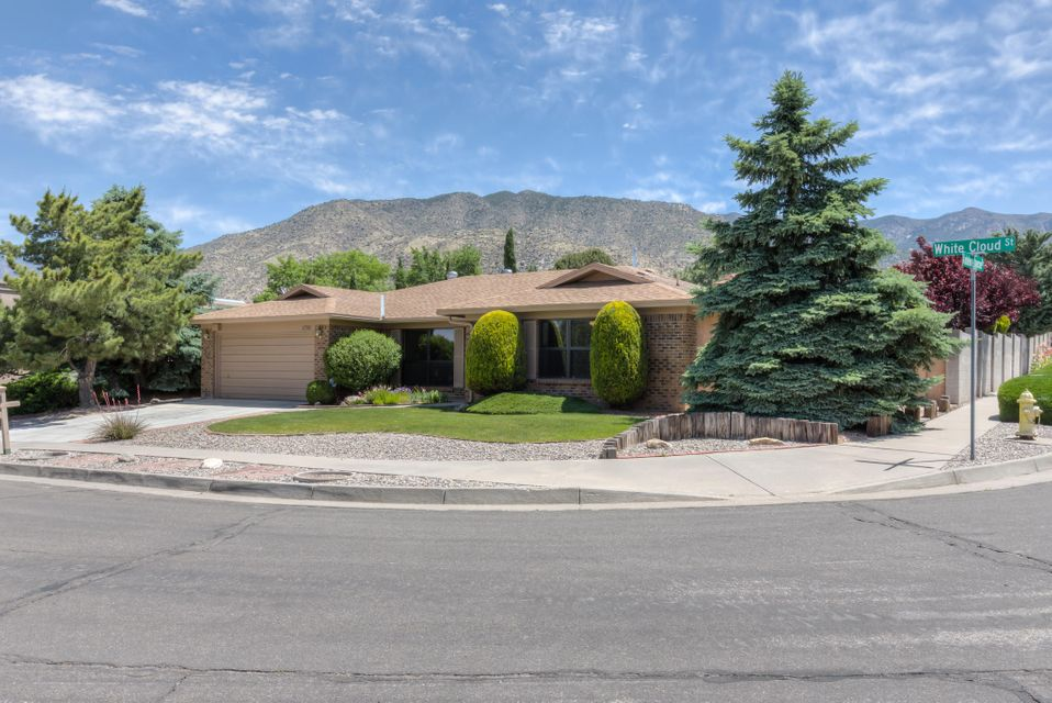 1700 White Cloud Street NE, Albuquerque, NM 87112