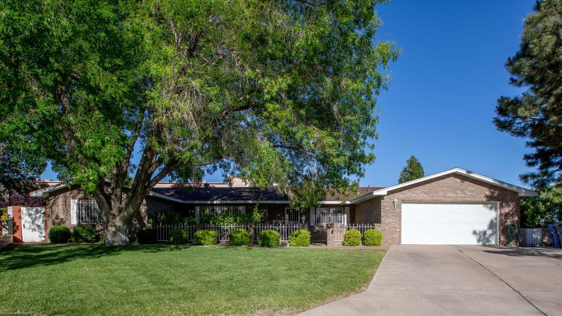 7412 Terry Court NE, Albuquerque, NM 87110