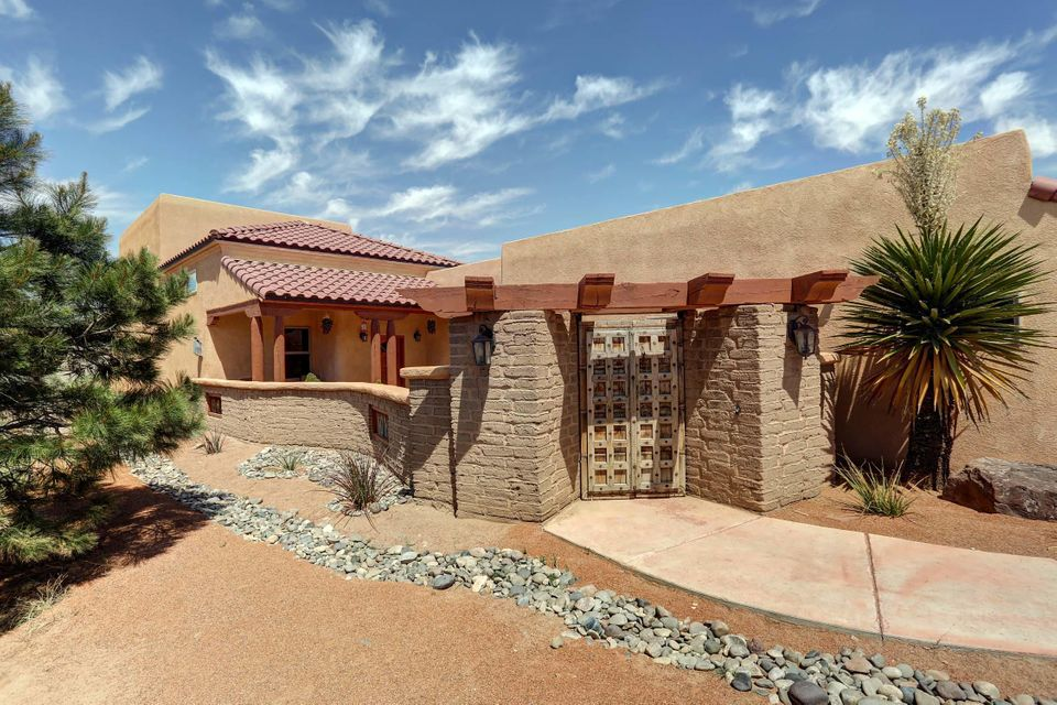 2705 Lerma Road NE, Rio Rancho, NM 87144
