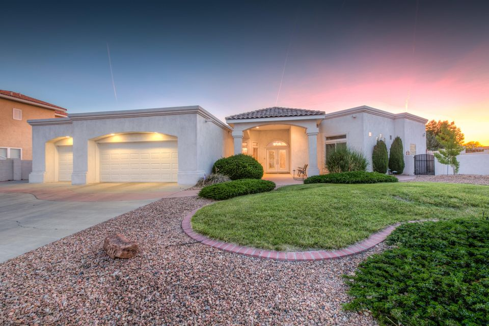 3916 Bay Hill Loop SE, Rio Rancho, NM 87124
