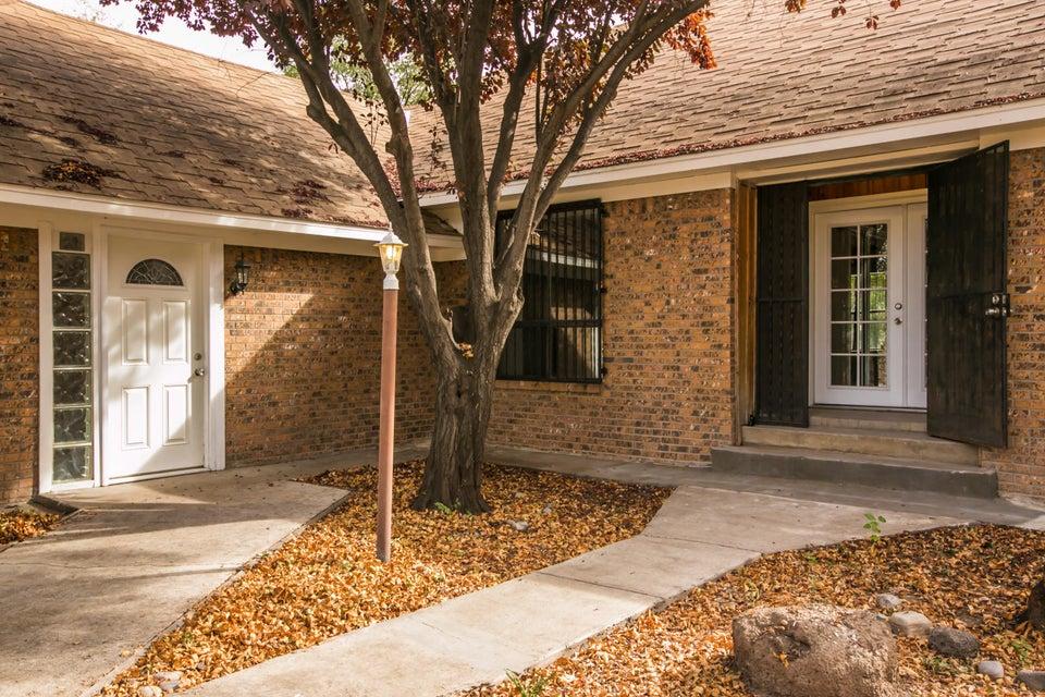 2558 Del Sur Drive SW, Albuquerque, NM 87105