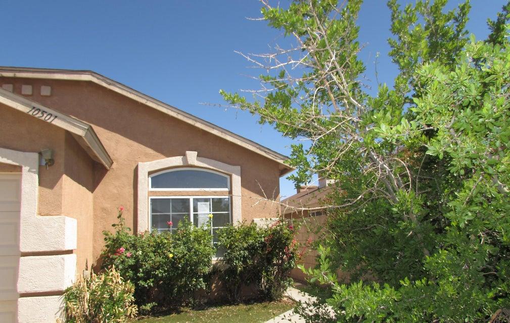 10501 Secret Oasis Avenue SW, Albuquerque, NM 87121