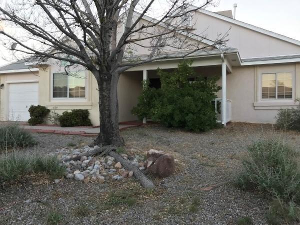 6913 Concord Hills Loop NE, Rio Rancho, NM 87144