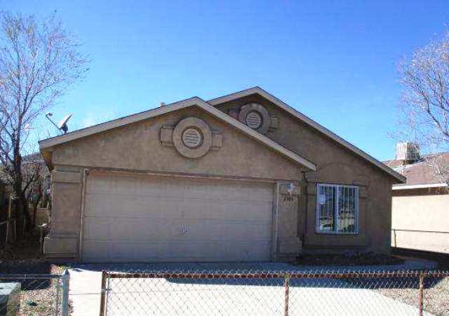 2305 Desert Springs Drive SW, Albuquerque, NM 87121