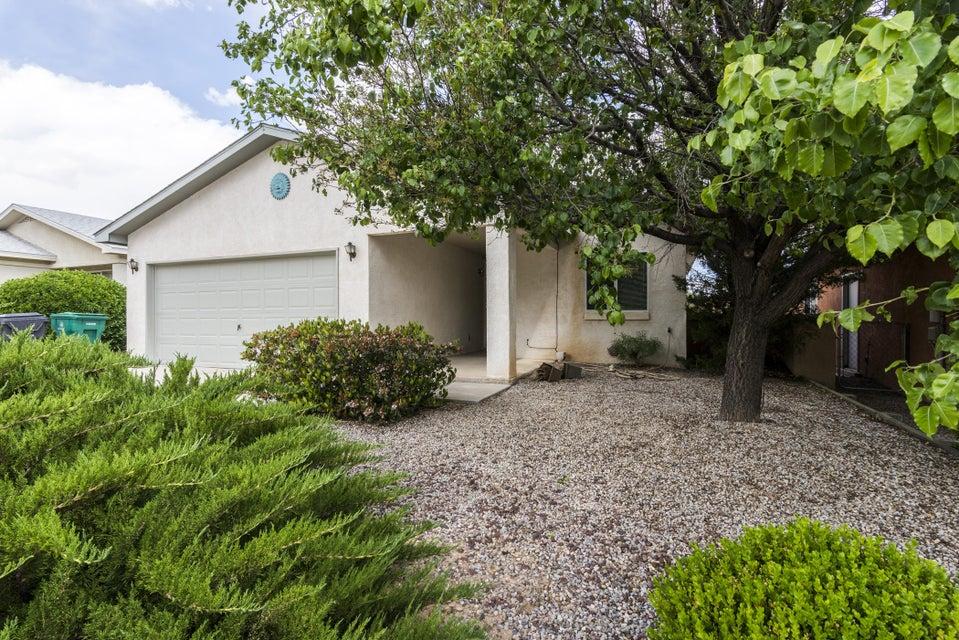 725 Santa Fe Meadows Drive NE, Rio Rancho, NM 87144