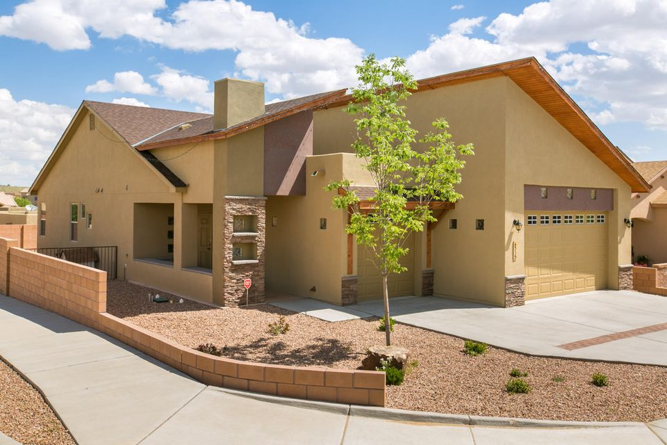 6535 Basket Weaver Avenue NW, Albuquerque, NM 87114