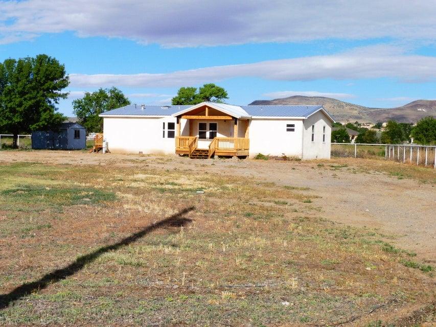 Amistad Road SW, Los Lunas, NM 87031