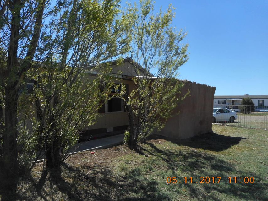 1205 N Gaston, Estancia, NM 87016