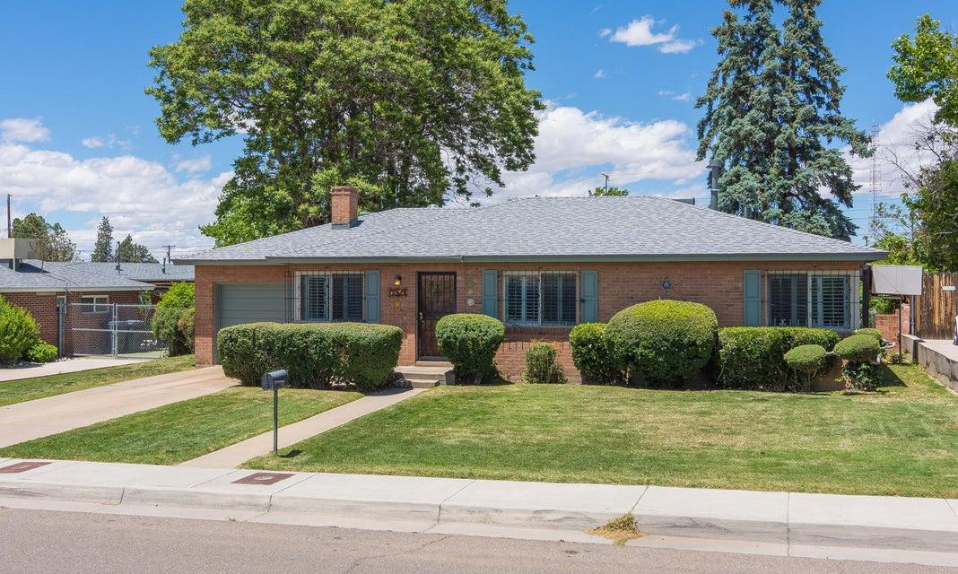 7803 Apache Avenue NE, Albuquerque, NM 87110