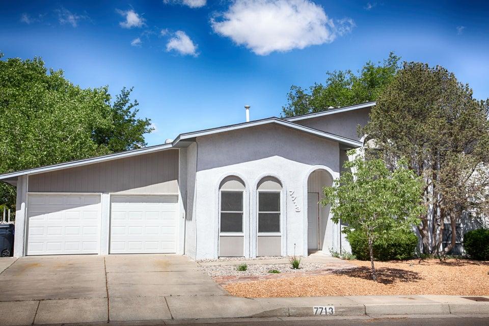7713 Roberts Street NE, Albuquerque, NM 87109