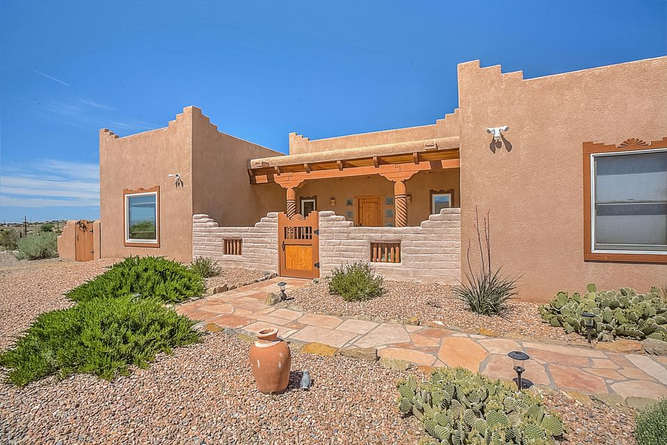 1697 Nez Perce Loop NE, Rio Rancho, NM 87144