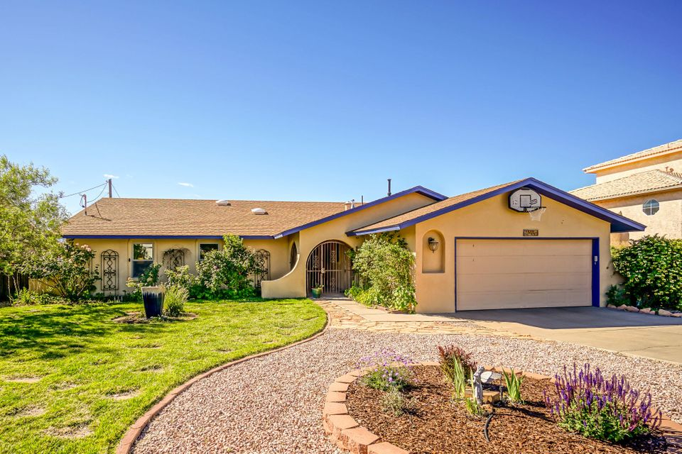 3210 Sue Circle SE, Rio Rancho, NM 87124