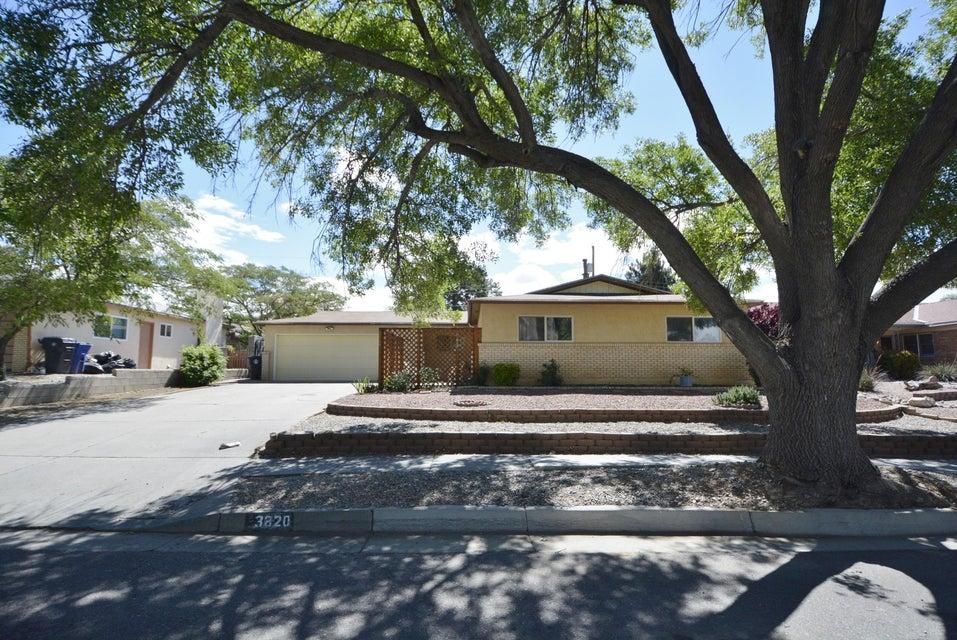 3820 Inca Street NE, Albuquerque, NM 87111