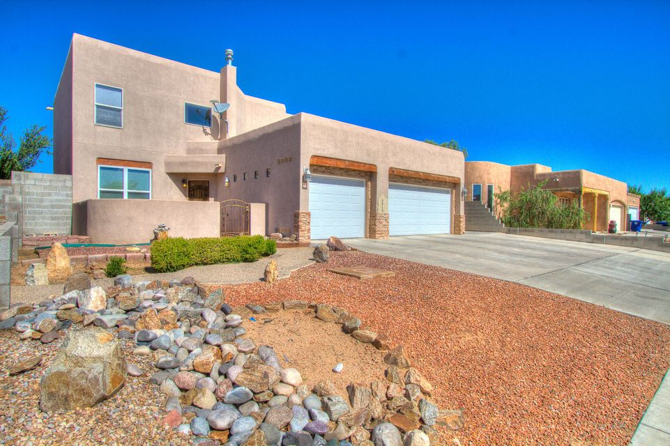 9913 Academy Road NW, Albuquerque, NM 87114