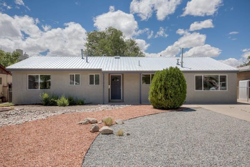 2705 Espanola Street NE, Albuquerque, NM 87110