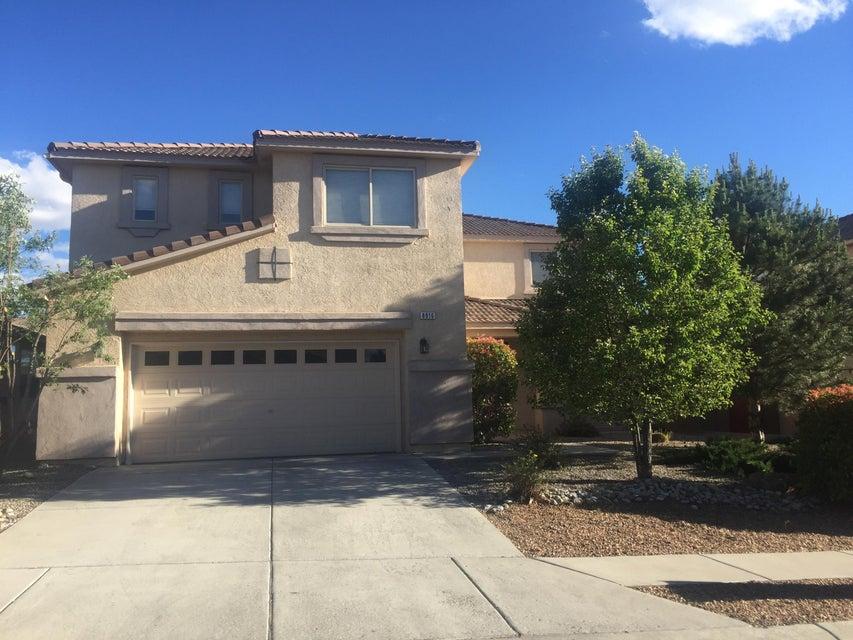 8916 Hampton Avenue NE, Albuquerque, NM 87122