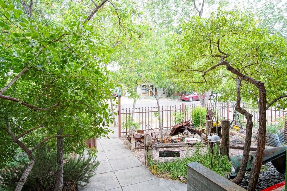 405 Walter Street SE, Albuquerque, NM 87102