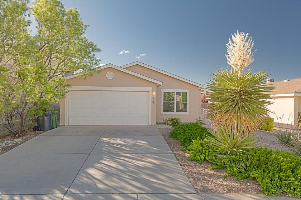 3925 Rancher Loop NE, Rio Rancho, NM 87144