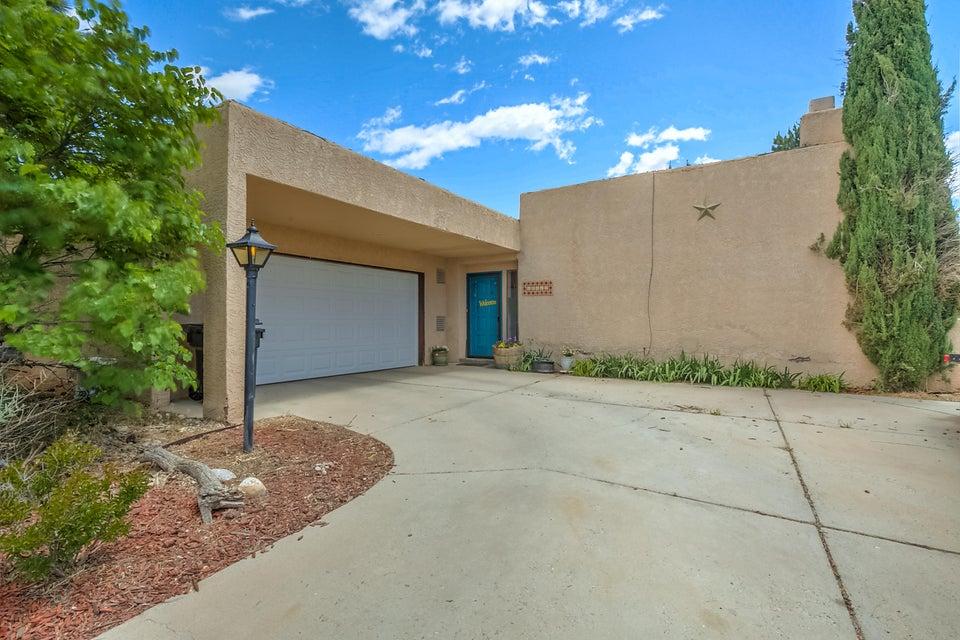 10012 Bryan Court NW, Albuquerque, NM 87114