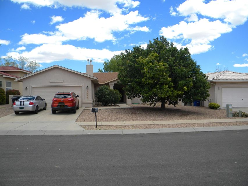 10332 Dunbar Street NW, Albuquerque, NM 87114