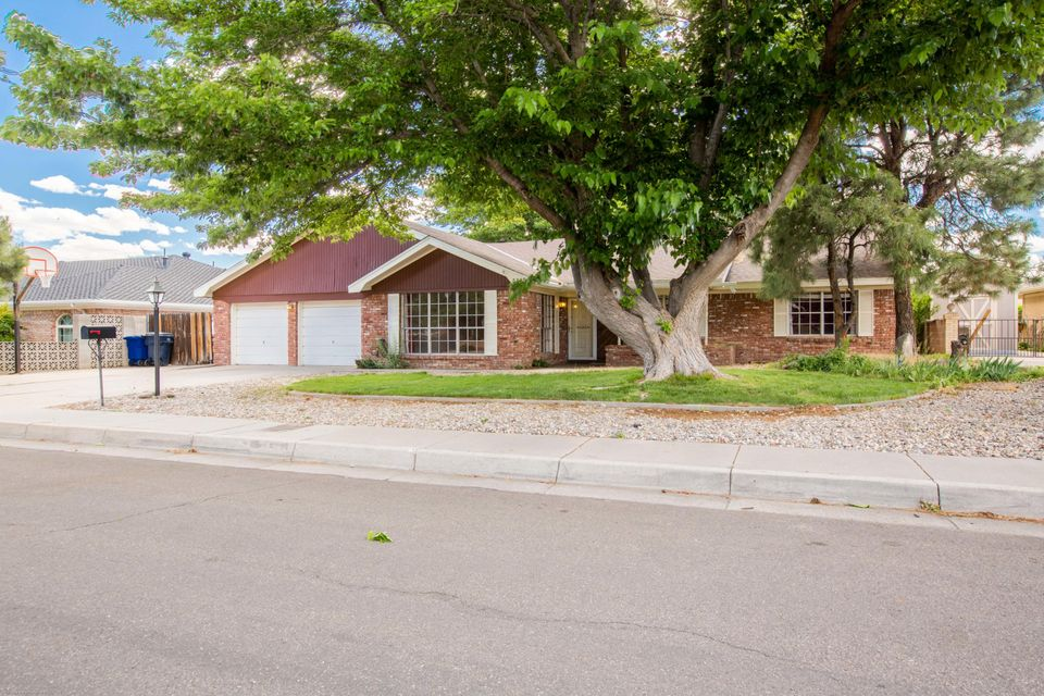 5605 Bentwood Trail NE, Albuquerque, NM 87109