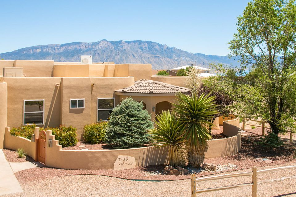 1736 Nez Perce Loop NE, Rio Rancho, NM 87144