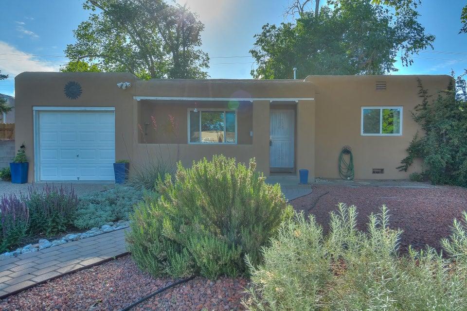 228 Laguayra Drive NE, Albuquerque, NM 87108