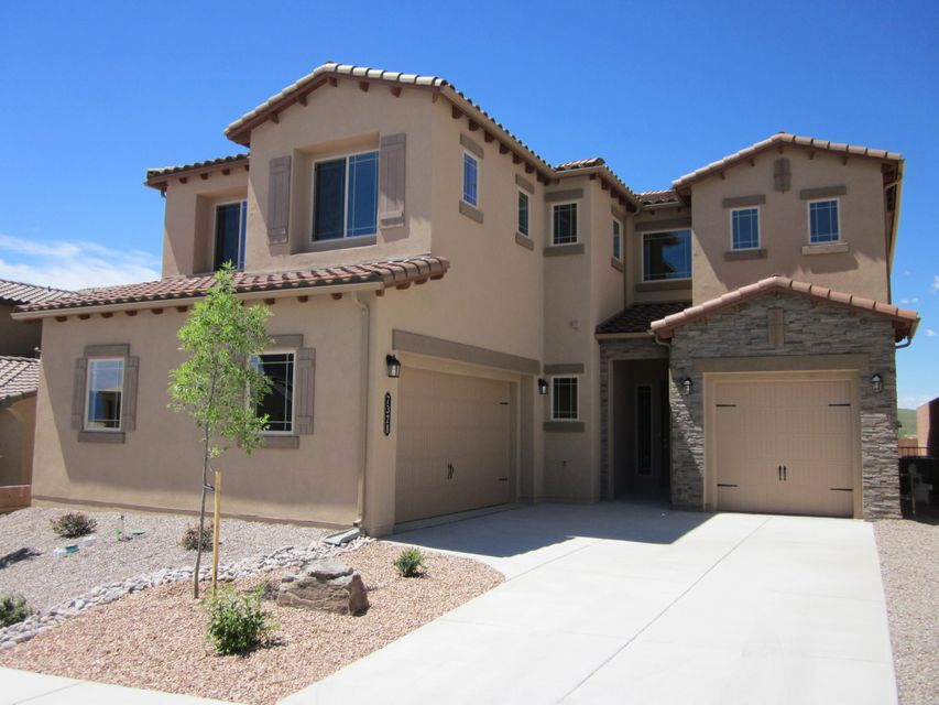 7328 Sandmark Road NW, Albuquerque, NM 87114