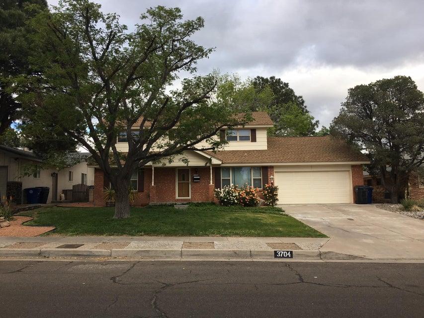 3704 General Bradley Street NE, Albuquerque, NM 87111