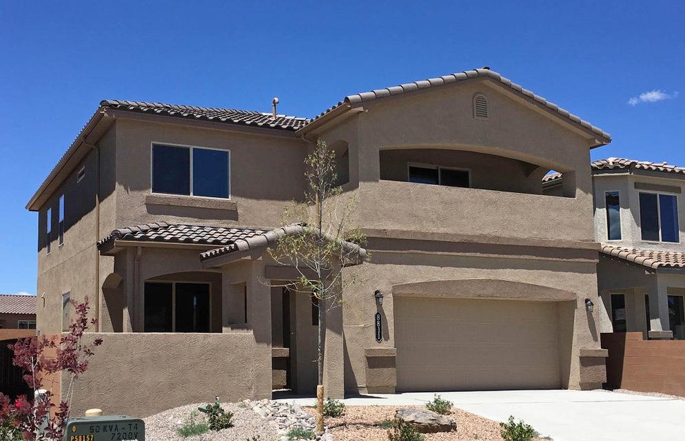 8811 Globe Street NW, Albuquerque, NM 87114
