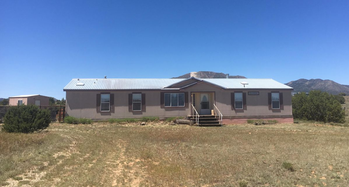 81 Nugent Road, Edgewood, NM 87015