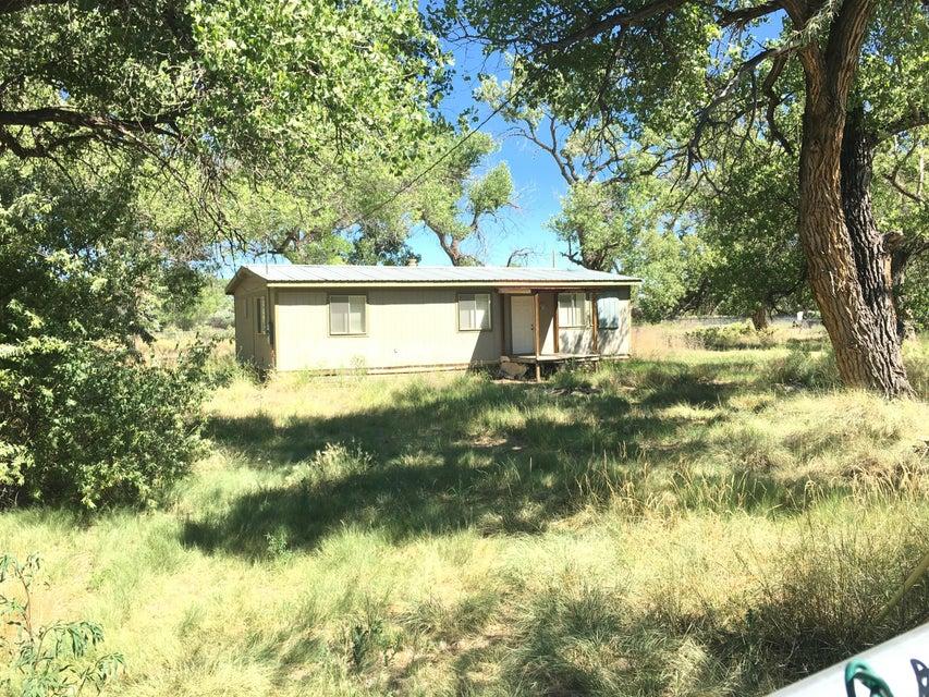 89 Padilla Road, Belen, NM 87002