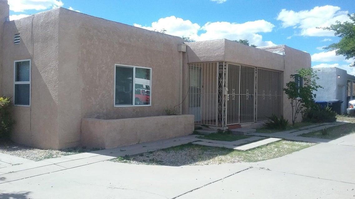 201 Cardenas Drive NE, Albuquerque, NM 87108