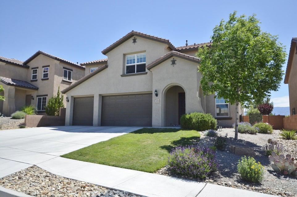 220 Paseo Vista Loop NE, Rio Rancho, NM 87124