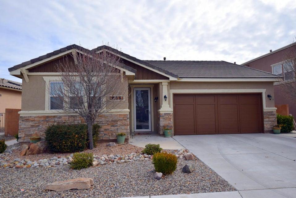 6828 Vista Del Sol Drive NW, Albuquerque, NM 87120