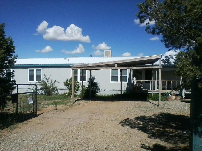 44 Aspen Road, Edgewood, NM 87015