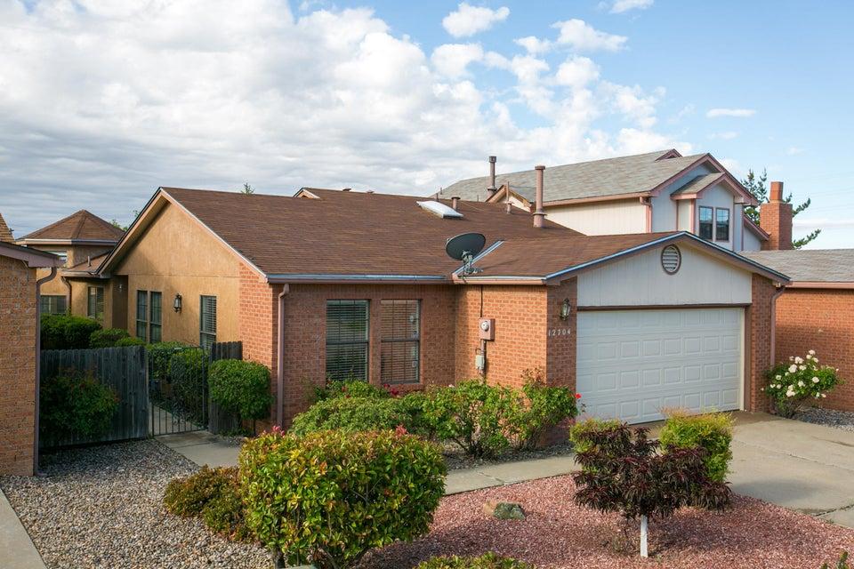 12704 Calle Amado NE, Albuquerque, NM 87111