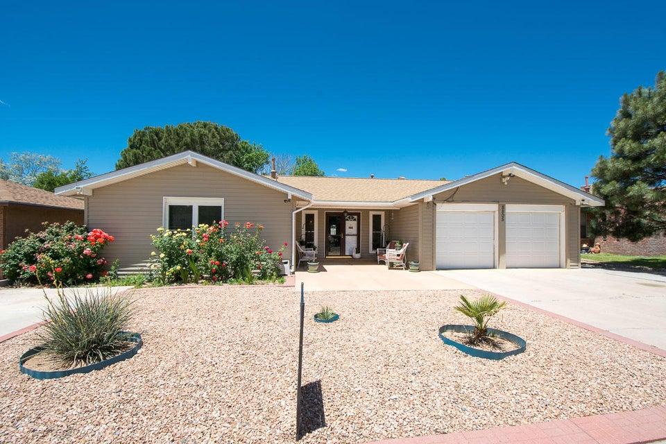 8805 Opportunity Drive NE, Albuquerque, NM 87109