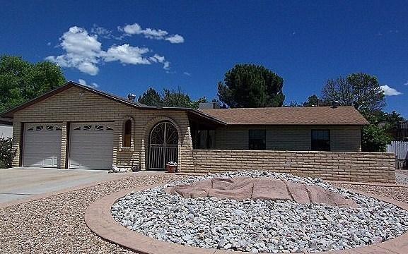 6108 Mckinney Drive NE, Albuquerque, NM 87109